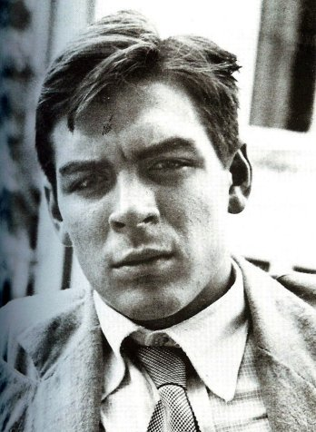 Che as a pensive young college student in the early 1950's