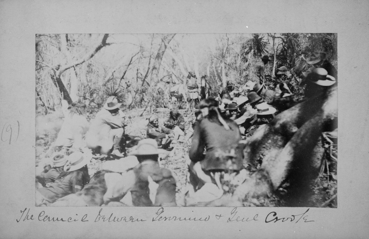 Geronimo,_The_Council_between_Geronimo_and_General_Crooke_(From_L._D._Greene_Album)._-_NARA_-_533084