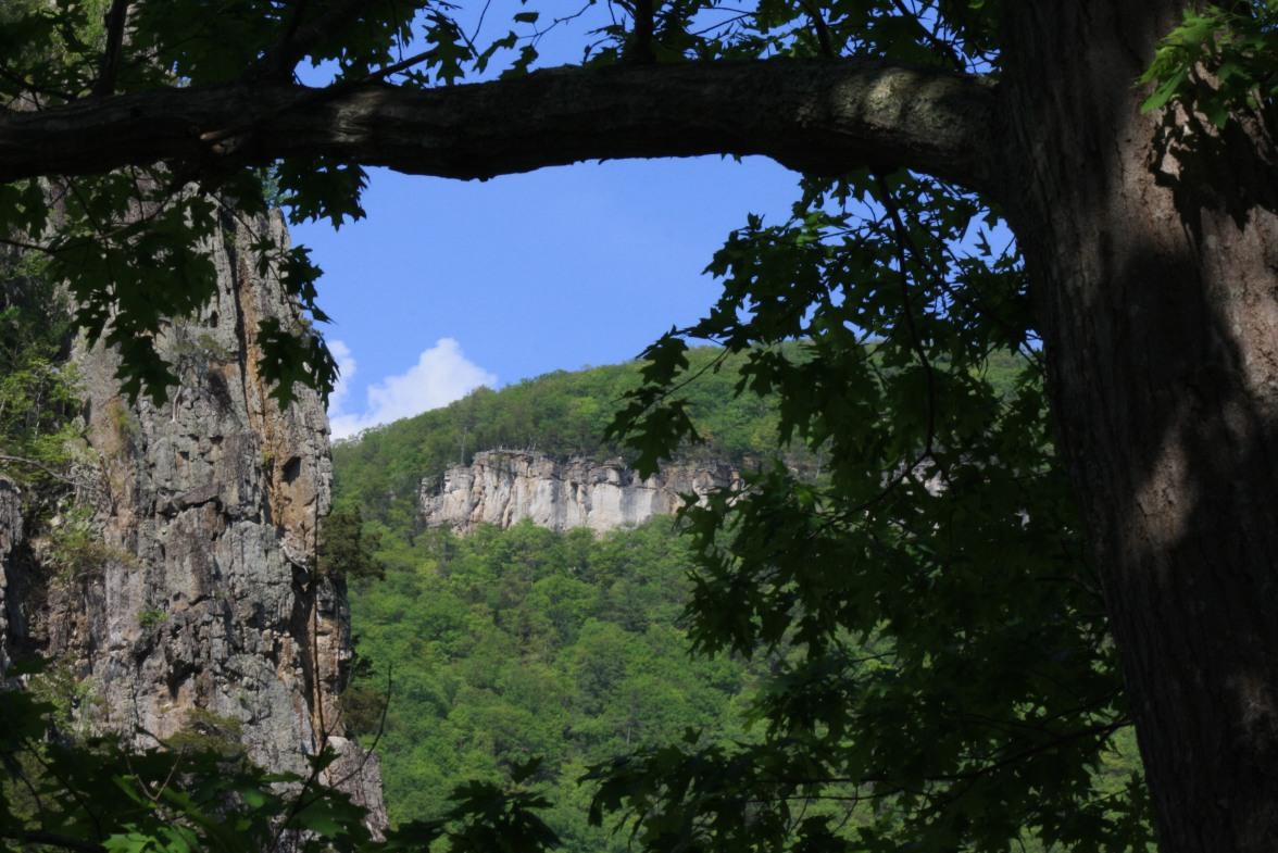 Smoke Hole-May 4-Eagle Rock (2)
